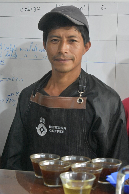Peru(ペルー)/Alejandro Condezo(アレハンドロ・コンデソ)