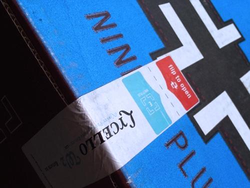 ナインティプラスのパッケージ