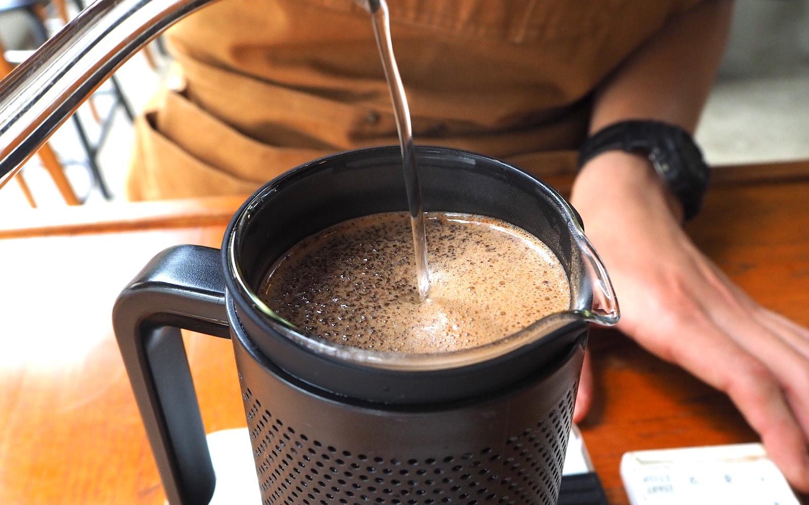 コーヒー蒸らし フレンチプレスで美味しく淹れるコツ