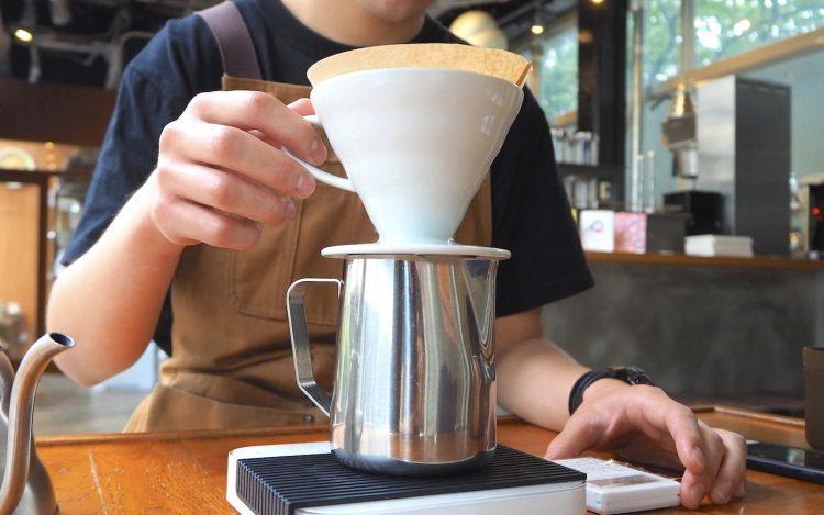 コーヒーの蒸らし時間と味