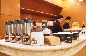 オフィスに美味しいコーヒーをポットでデリバリー