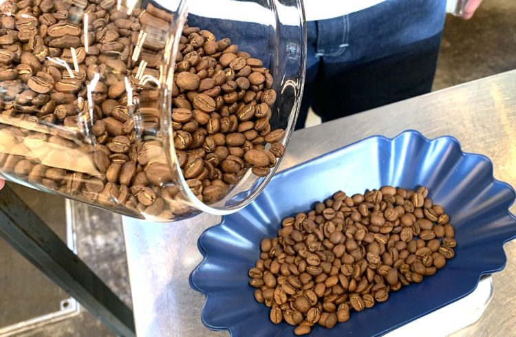 古くなったコーヒー豆を無料で交換!新サービス BEANS OVERHAUL SERVICE 開始!