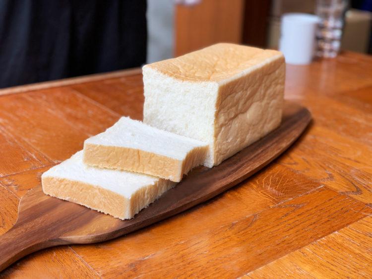 高級生食パンとコーヒー